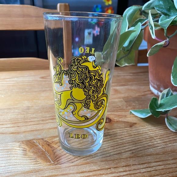Vintage Zodiac Leo Sign Glass